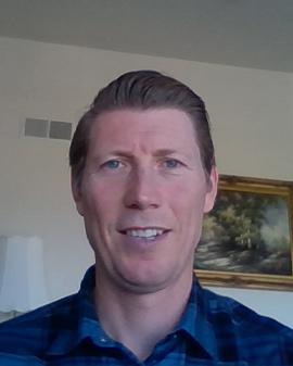 Head shot of Eric Hart